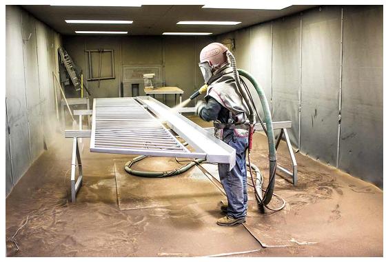 Sablare cu aer comprimat – o metoda rapida si eficienta pentru curatarea materialelor