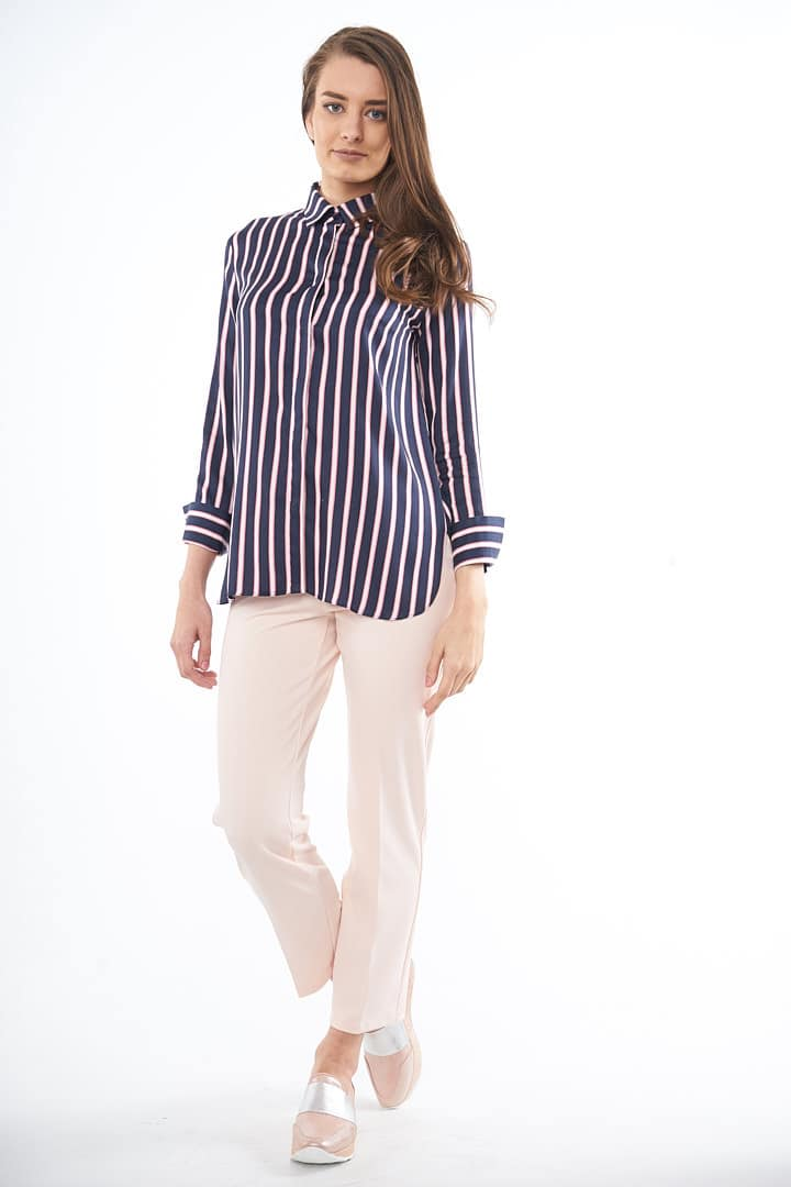 Haine si pantaloni office – versatile si deosebit de eleganti